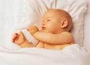 夏日小妙招让宝宝整夜睡得香